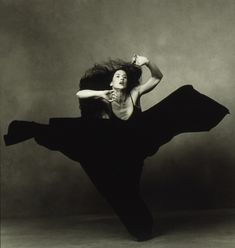 Canadian modern dancer Margie Gillis, photographed by Annie Leibovitz (1990s).