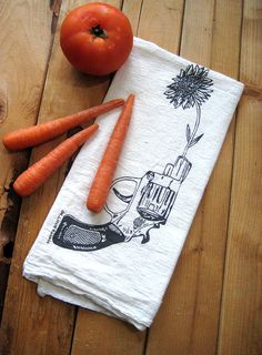 <3 <3 <3 // Screen Printed Organic Cotton Revolver and Daisy Flour Sack Towel $8.00