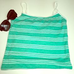 Aeropostale stretch favorite cami Beautiful cami tank for summer. Stretchy!! Great condition. Size small/ p Tops Tank Tops