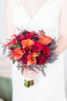 Photo by: @truegracephoto  Floral by: @kimstanke / Allium Floral Design
