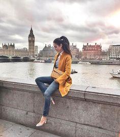 À la Semaine de mode de Londres, on a scruté la foule qui se pressait aux abords des défilés. Les plus beaux styles repérés dans la rue.