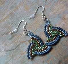 free seed bead earring patterns | ... just about be an everyday earring for me! Love them. Thanks Katie