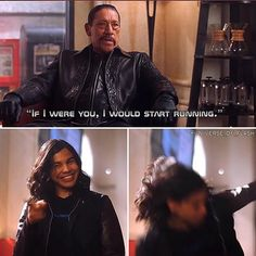 """""""If I were you, I'd start running"""" Cisco: *smiles and points, starts running* Superhero Shows, Superhero Memes, The Cw Shows, Dc Tv Shows, Supergirl Dc, Supergirl And Flash, The Flash Cisco, Dc Comics, Flash Tv Series"""