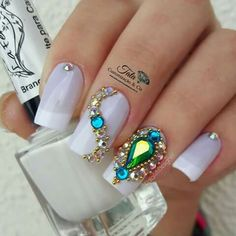 50 Beautiful Nail Art Designs & Ideas Nails have for long been a vital measurement of beauty and Gem Nails, Bling Nails, Almond Acrylic Nails, Almond Nails, Trendy Nails, Cute Nails, Nails Decoradas, Nail Jewels, Beautiful Nail Designs