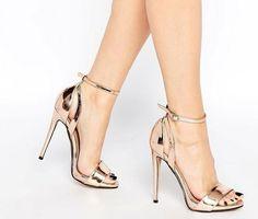 Yüksek topuklu ayakkabılar nasıl dünya çapında milyarlarca kadını bağımlı haline getiriyor?