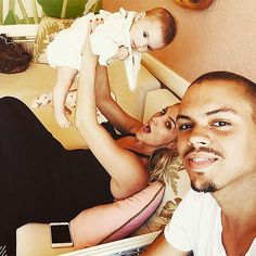 Evan Ross with wife Ashlee Simpson and daughter Jagger Snow
