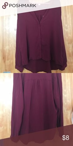 Old Navy burgundy blouse XL Burgundy button up blouse! Can be worn casual or dressed up. Very comfortable Old Navy Tops Button Down Shirts