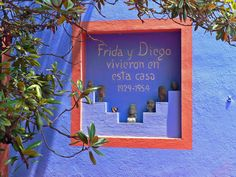 blue house at coyoacan