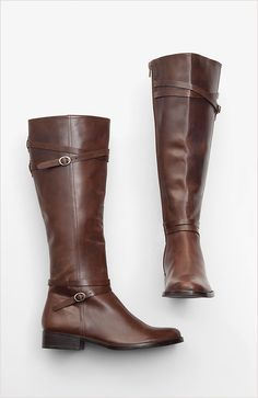 brown leather boots <3
