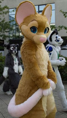 My favorite rodent fursuit, it is ungodly cute Furry Oc, Fursuit Head, Halloween Karneval, Animal Costumes, Kung Fu Panda, Anthro Furry, Zootopia, Furry Art, Fursuit