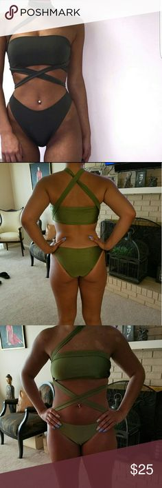 """Wrap Bikini NEW! ONE LEFT!  Green Multiway Wrap swimsuit  3 pieces= Strapless tube top /Brazilian Cut Bottoms/""""Belt/tie"""" Can be worn many ways with the belt/tie or just the 2 pieces alone Well made Versatile No brand Actual item pic #2,3 Model= 5'8, 150lbs, sz8 pants , B cup, & shes got a bootie on her.lol =shes wearing the Lrg w/undergarment  Price firm unless bundled Swim Bikinis"""