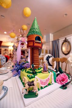 Rapunzel cake by Moulin Rose cake & bakery