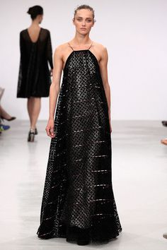 Azzedine Alaïa at Couture Fall 2011 - StyleBistro