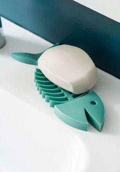 Flounder Around Soap Dish   Mod Retro Vintage Bath   ModCloth.com