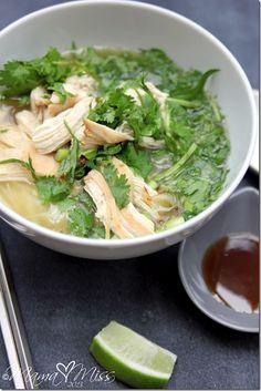 eats: Chicken Pho