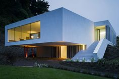 Best of interior design and architecture: Wicklow Hills House by ODOS Architects Cantilever Architecture, Space Architecture, Amazing Architecture, Contemporary Architecture, Houses In Ireland, Inside Design, House On A Hill, Architect Design, Home Decor Styles