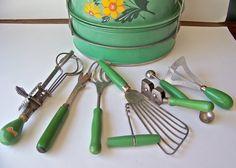 $30 Vintage Kitchen Utensils Green Handled Instant Collection ...