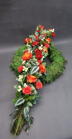 Funeral Flower Arrangements, Funeral Flowers, Grave Decorations, Flower Decorations, Funeral Tributes, Sympathy Flowers, Arte Floral, Ikebana, Floral Design