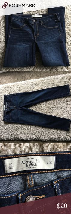 Abercrombie & Fitch Jeans Like New Abercrombie & Fitch Jeans Like New condition. Only worn once. Legging style with a little stretch. 30 inch in seam. 👖 Abercrombie & Fitch Jeans Skinny