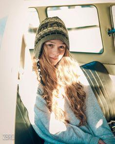 tumblr girl ensaio teen car inside sun cold