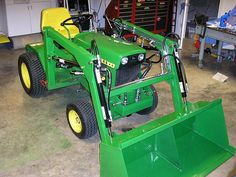 Fix John Deere Tractors 816136763712770012 - P. Engineering Do It Yourself Plans — Micro Hoe Digging Source by Compact Tractor Attachments, Garden Tractor Attachments, John Deere Garden Tractors, Old Tractors, Small Garden Tractor, John Deere 400, John Deere Mowers, Tractor Accessories, Tractor Loader