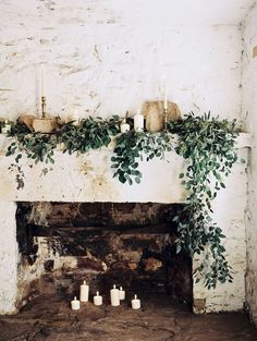 Christmas doesn't always have to be bright lights. Sometimes simplicity is the most beautiful decoration. Equipped with some candles and foliage anyone can make a beautiful Christmas display.