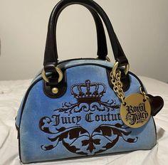 Luxury Purses, Luxury Bags, Luxury Shoes, Vintage Purses, Vintage Bags, Vintage Handbags, Cute Handbags, Purses And Handbags, Fashion Handbags