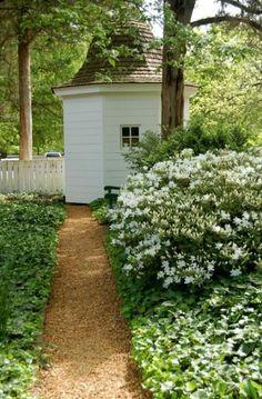 Colonial Williamsburg - Isham Goddin Garden Pathway