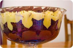 Chocolate Orange Brownie Trifle: A Christmas Day Showstopper! via Cupcake Crazy Gem! #chocolateorange #mousse #brownie #brownietrifle #trifle #christmas #christmasdaydessert