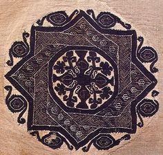 Ornaments on Coptian textiles and Byzantian mosaics