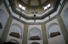 0488 - Milano - San Nazaro - Cappella Trivulzio - Foto Giovanni Dall'Orto 5-May-2007 - Bramantino - Wikipedia Renaissance Architecture, Historical Artifacts, Art Pieces, Mirror, History, Image, Art History, Architecture, Artworks