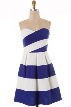 Tube cut stripe detailed color block knit skater dress