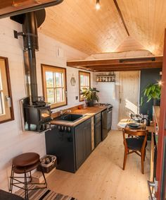 Holz Hisla by Baluchon &; Tiny Living Holz Hisla by Baluchon &; Tiny Living C B cbsugarandspice Colour Themes Inside the tiny home are solid […] Homes Cottage interiors Best Tiny House, Tiny House Cabin, Tiny House Living, Tiny House Plans, Tiny House On Wheels, Tiny House Design, Small Living, Tiny Houses, Living Room