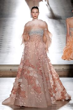 Tony Ward 2017-2018 Fall Winter Couture Collection