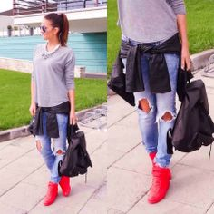 aaaahhh those red shoes! ::: zita debreceni
