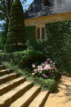 Les Jardins du Manoir d'Eyrignac en Dordogne, France