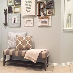 This bench + picture-perfect wall collage = beautifully inviting entryway! [: This bench + picture-perfect wall collage = beautifully inviting entryway! Vestibule, Entryway Decor, Entryway Bench, Entryway Ideas, Door Entryway, Entry Foyer, Home Projects, Living Room Decor, Dining Room