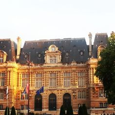 Rathaus in Versailles #frankreich #paris   http://verdienter-urlaub.de/thema/paris/