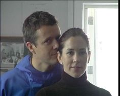 4 July 2004 Frederik & Mary concluded Mary's first visit to Greenland with a visit to Illoqqoortoormiut. This video shows a round up ...