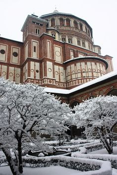 """Santa Maria delle Grazie, Italy anta Maria delle Grazie (""""Holy Mary of Grace"""") is a church and Dominican convent in Milan, northern Italy, included in the UNESCO World Heritage sites list. Renaissance, Portugal, Regions Of Italy, As Roma, Northern Italy, Milan Italy, Lake Como, Santa Maria, World Heritage Sites"""