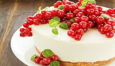 This cranberry white chocolate cheesecake captures the flavor of the season. Cranberry Cheesecake, Cheesecake Trifle, Best Cheesecake, Chocolate Cheesecake, Cheesecake Recipes, Melting Chocolate, White Chocolate, Norwegian Food, Norwegian Recipes