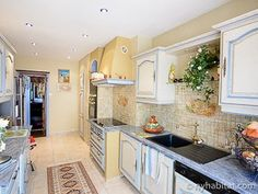Cooking is a joy when you're using an actual French kitchen in #Marseille. http://www.nyhabitat.com/south-france-apartment/vacation/234