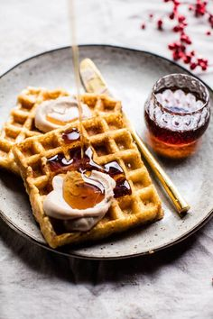 Get the Crispy Belgian Waffles recipe from Half Baked Harvest Waffle Recipes, Brunch Recipes, Brunch Food, Dinner Recipes, Freezer Recipes, Freezer Cooking, Drink Recipes, Cooking Tips, Belgian Waffles