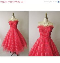 Storewide Sale 50's Prom Dress //  Vintage 1950's Strapless Red Tulle Wedding Party Prom Dress XS