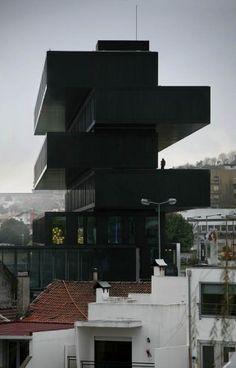 Axis Viana Hotel / VHM. Ver video construcción: http://www.archdaily.com/143278/video-mucem-rudy-ricciotti/
