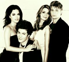 One of my all-time favorite shows, The O.C. <3  Rachel Bilson, Adam Brody, Mischa Barton, and Ben McKenzie.