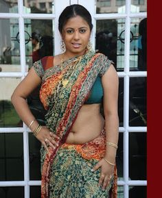 Sunakshi Hot Navel in Saree