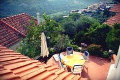 Very nice rustico in #Liguria http://www.primaveragenzia.net/tra-le-rime-di-una-poesia/