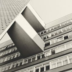 Altonaer Straße 4–14, Wohnhochhaus, 1956/1957 von Oscar Niemeyer