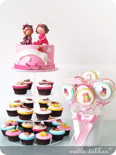 Doğum Günü Cupcake ve Pasta Kulesi Party cupcakes-birthday -dogumgunu pastası- butik pasta, şeker hamuru, insan figürü,yetişkinlere, kadınlara, erkeklere, çocuklara, doğum günü, doğumgünü, yaş pasta, ankara, doğal, katkısız, sağlıklı, kişiyeözeltasarım, kişiyeözel, tasarım /birthday cake-party cake-